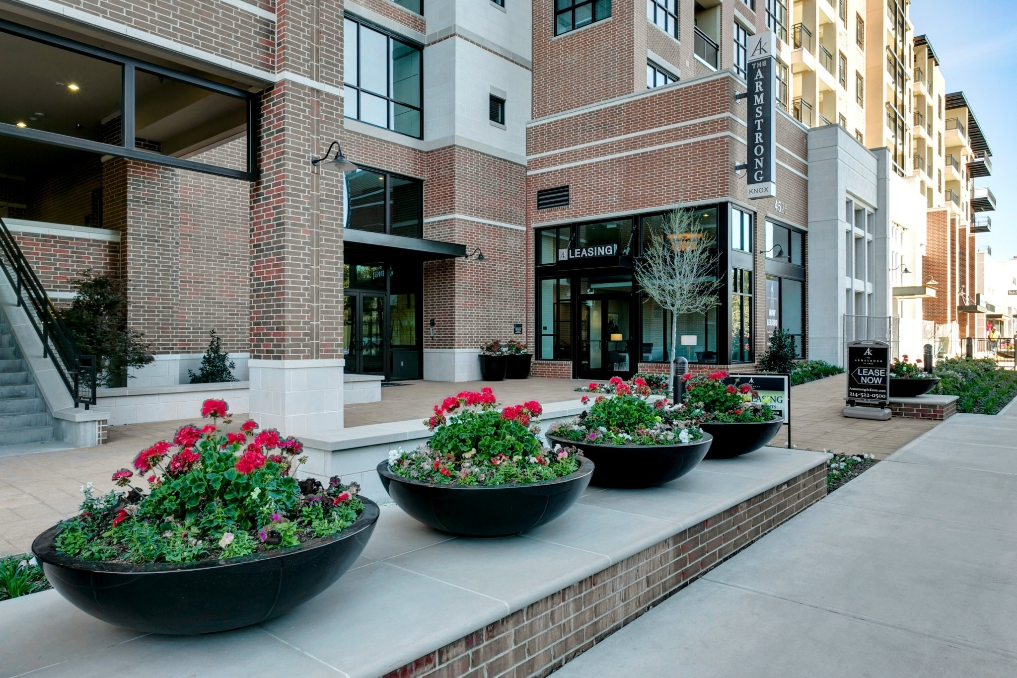 The Armstrong at Knox, Luxury Apartments Open for Business
