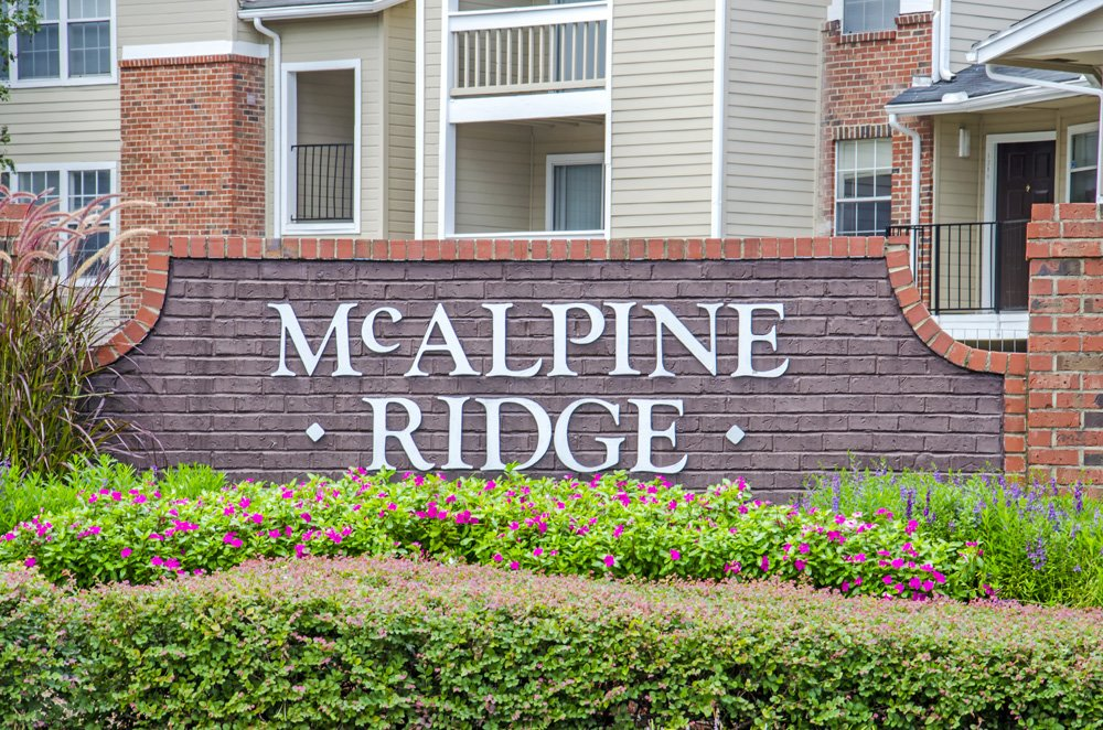 lincoln property company properties mcalpine ridge charlotte nc. Black Bedroom Furniture Sets. Home Design Ideas