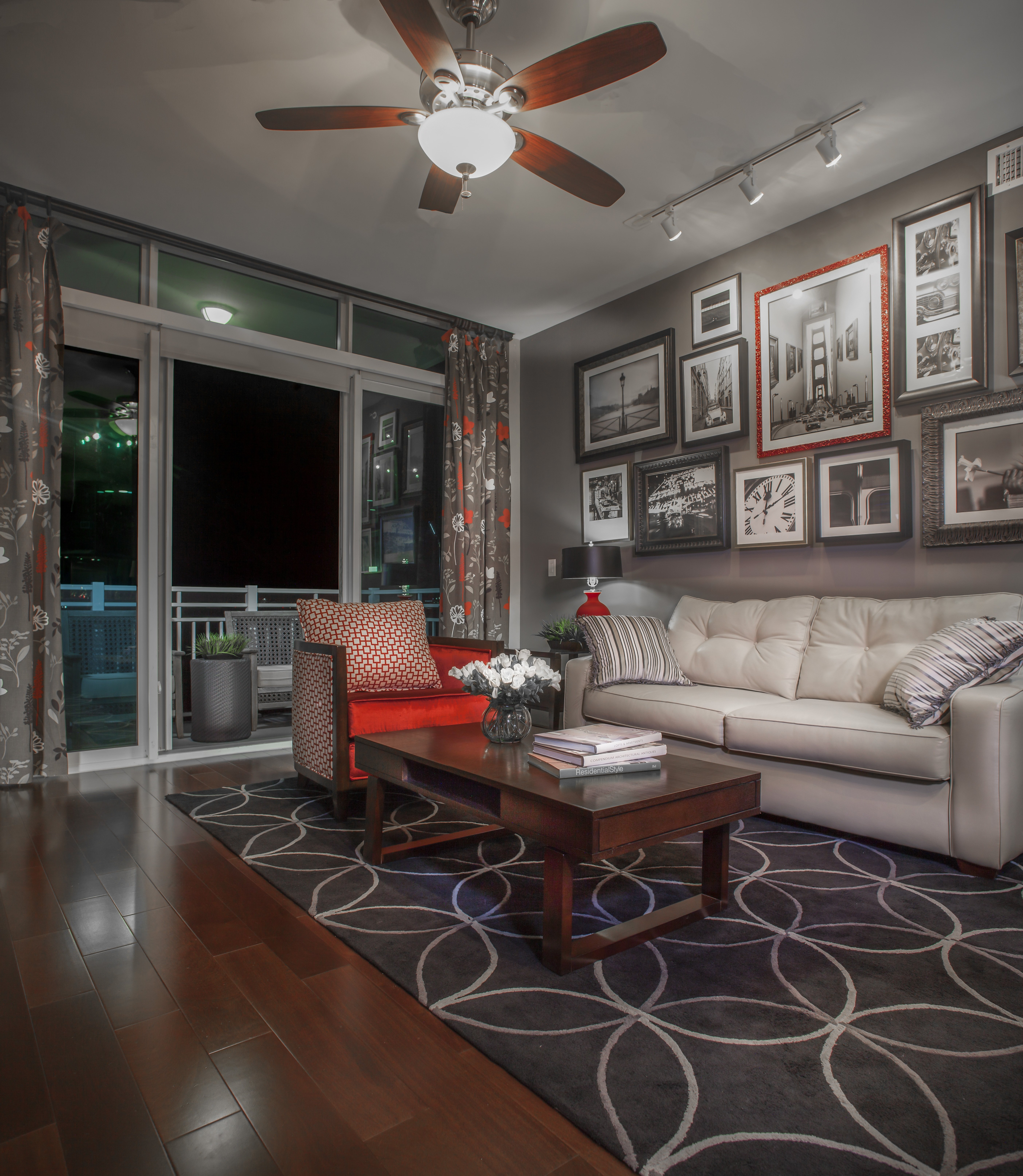 Fountains Apartments: Lincoln Property Company