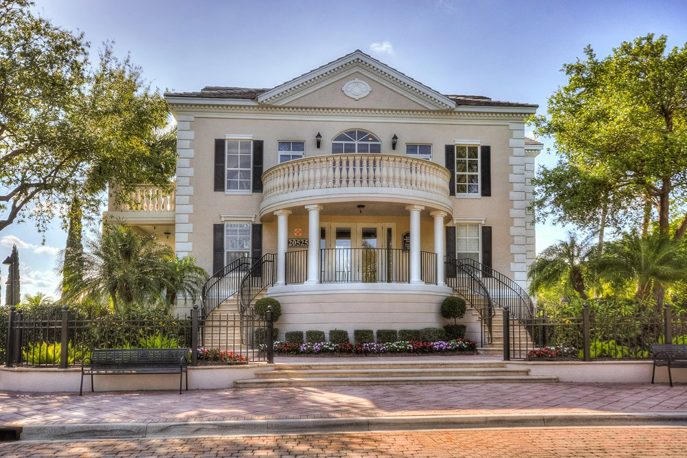 Lincoln Property Company Properties The Charleston