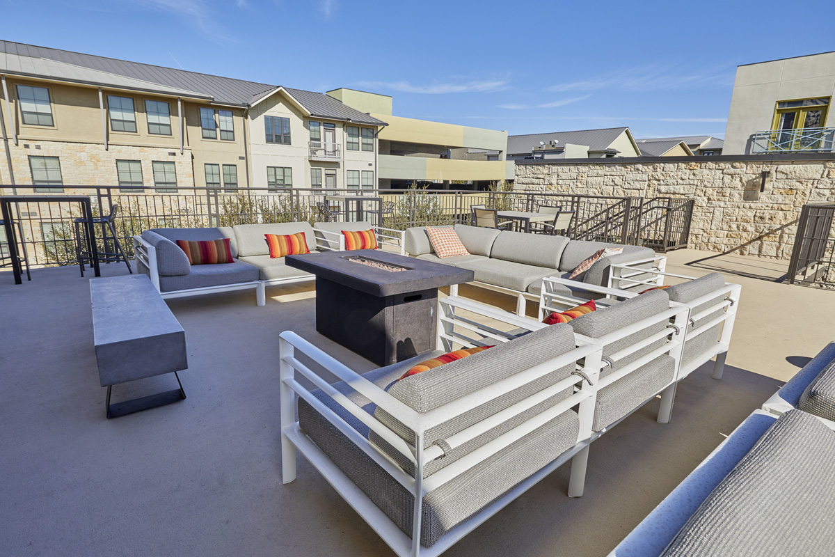Lincoln Property Company - Properties - Legacy North Plano ...