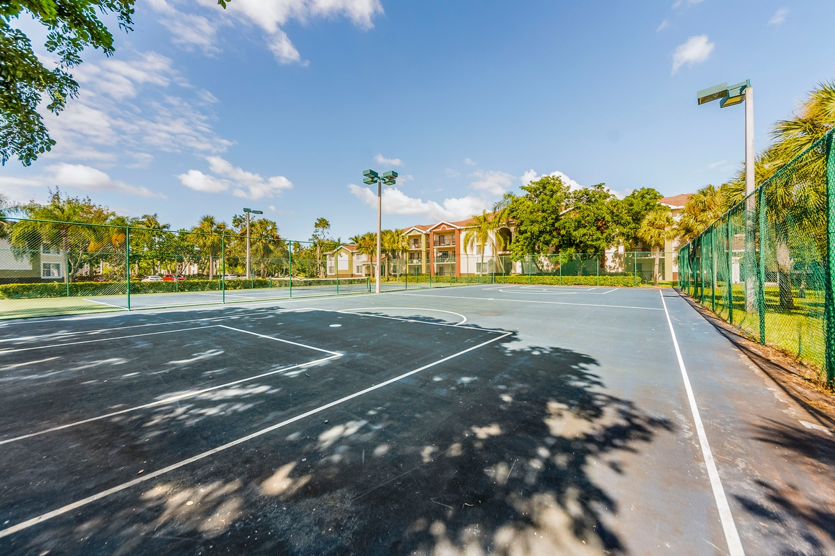 Lincoln Property Company Properties Coral Vista Tamarac Fl